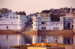 pushkar-lake.jpg